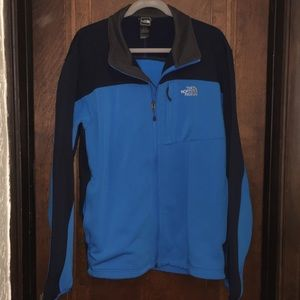 The North Face Mens Momentum Jacket
